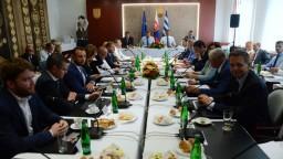 Výjazdové rokovanie vlády aj o zastrešení štadióna vo Svidníku