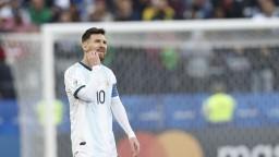 Messi po zranení opäť trénuje, jeho štart je otázny