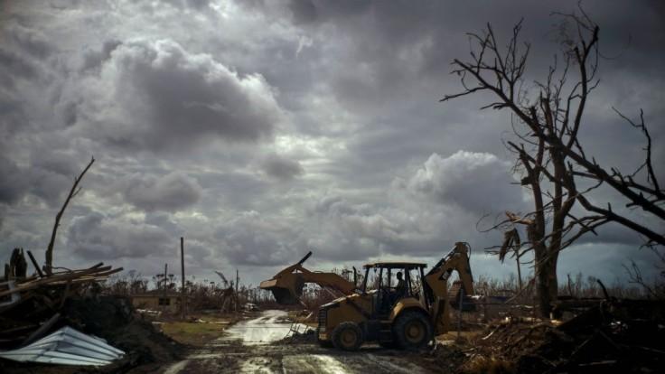 Ľudí čaká ďalší boj, blíži sa hurikán Humberto i nové búrky