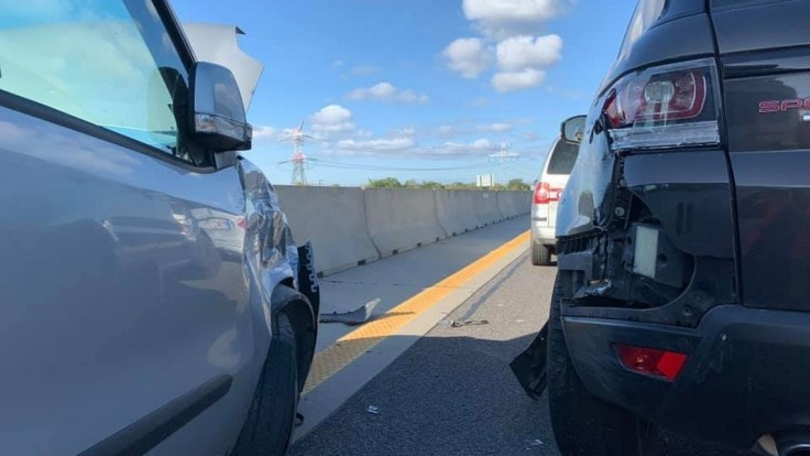 Matovič mal na diaľnici nehodu, zozadu doňho narazilo auto