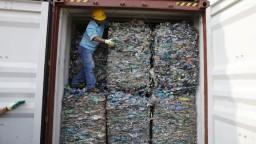 Indonézia posiela Západu späť jeho kontaminovaný odpad