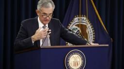 Fed sa snaží podporiť ekonomiku, úrok znížila o štvrť percenta