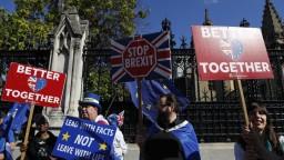 Po brexite zvážte návrat, oslovili státisíce Poliakov v Británii