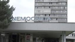 Skončil sa spor o pozemky, nemocnica a mesto uzavreli dohodu