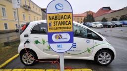 Ministerstvo chce motivovať ľudí v kúpe ekologických vozidiel