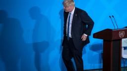 Premiér odstavil britský parlament nezákonne, opäť zasadne
