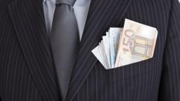 S korupciou sa zvádza náročný boj, viac ako polovica ju neohlasuje