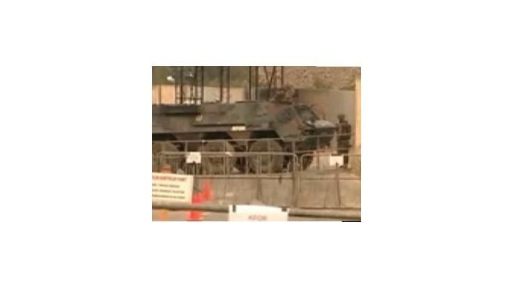 Srbi napriek ultimátu odmietajú odstrániť barikády