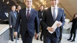 Rakúska FPÖ čelí pred voľbami škandálu, Stracheho stíhajú za spreneveru