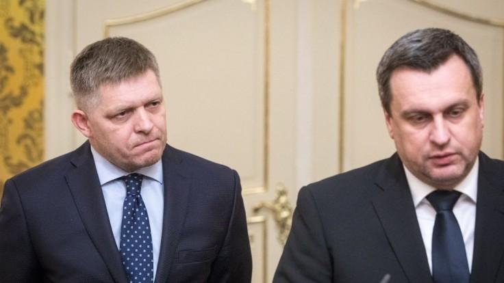 Schválenie vládou nestačí, SNS chce pri reforme Ficov súhlas