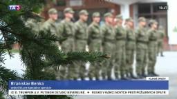 Armáde chýbajú vojaci, výsadkári preto prišli s experimentom