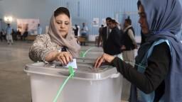 Afganistan si volí prezidenta, z volebnej miestnosti hlásia výbuch