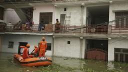 Z Indie hlásia už vyše sto mŕtvych, dažde paralyzovali aj dopravu