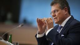 Šefčovič čelil europoslancom, padali aj nepríjemné otázky