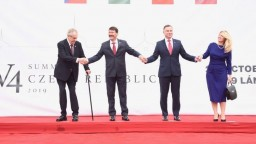 Stretli sa prezidenti V4, témou bol brexit či rozpočet EÚ
