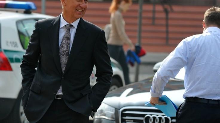 Zverejnili, kto je najbohatším Čechom. Babiš v poradí klesol