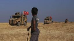 Naša armáda je pripravená, varoval Erdogan pred zásahom v Sýrii