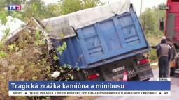V Rumunsku sa zrazil kamión s minibusom, o život prišlo 10 ľudí