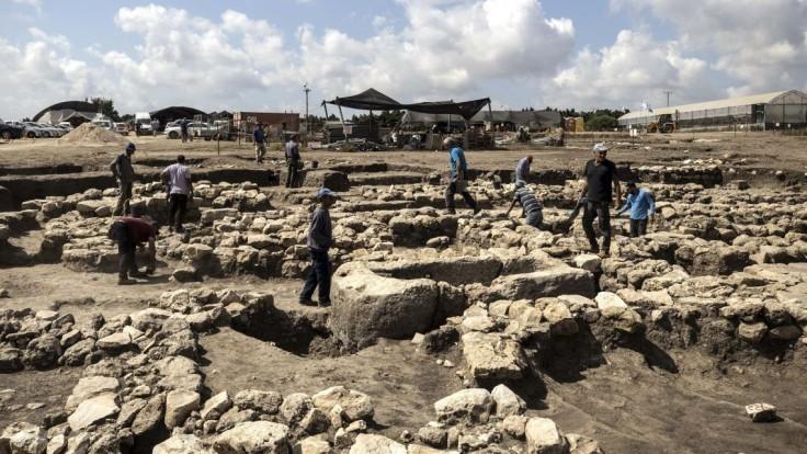 Chystali sa na stavbu diaľnice, objavili rozsiahle staroveké mesto