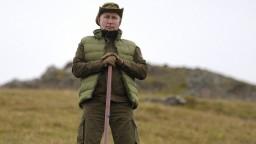 Horal s láskou k prírode. Putin oslavuje, zverejnil video i fotografie