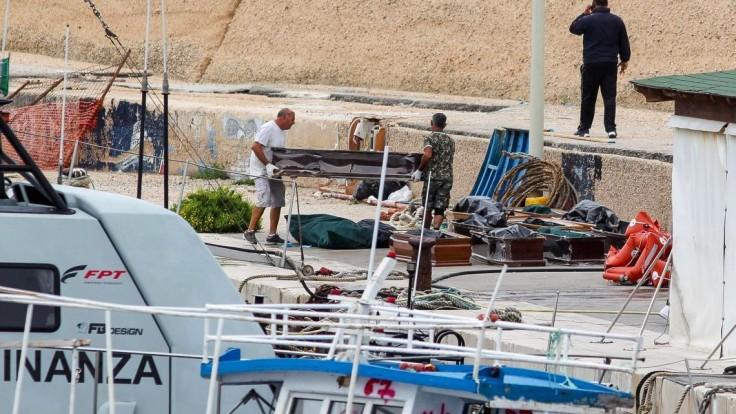 Zo Stredozemného mora vytiahli telá 13 žien, niektoré boli tehotné