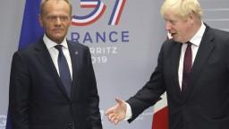 Brexit nie je hlúpa hra. Johnson nahneval šéfa Európskej rady