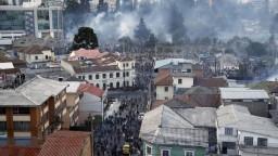 Protesty v Ekvádore silnejú, demonštranti vtrhli do parlamentu