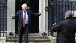 Vzbura ministrov? Ak prejde tvrdý brexit, Johnsona vraj nepodržia