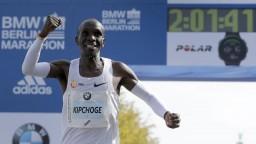 Maratónec Kipchoge chce dokázať to, čo ešte nikto predtým