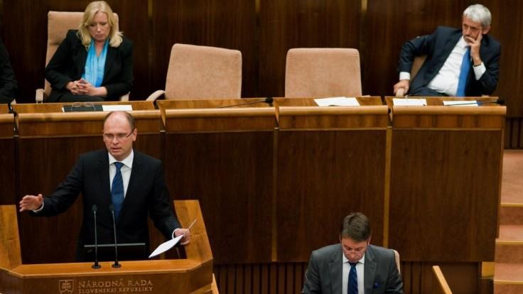 Obviňovali z vlastizrady, spomína Radičová pri výročí pádu vlády