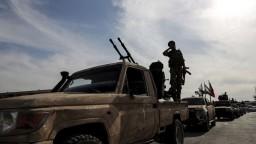 Protiútok sa vraj podaril. Kurdi znova dobyli kľúčové pohraničné mesto