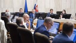 Tripartita prerokovala návrh rozpočtu, deficit si vyslúžil kritiku