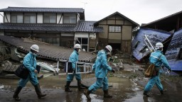 Ničivý tajfún má desiatky obetí, mnohí sú bez elektriny aj bez vody
