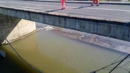Časť mosta cez rieku Laborec sa zrútila, zistili možnú príčinu