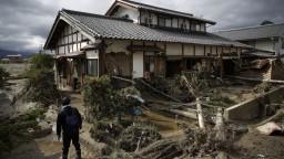 Tajfún spustošil domovy Japoncov, vláda im venuje milióny