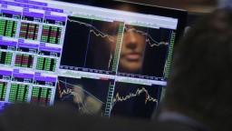 Globálnej ekonomike hrozí v najbližších mesiacoch recesia