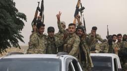 Turkov prímerie ani americké sankcie netrápia, hrozia im nové