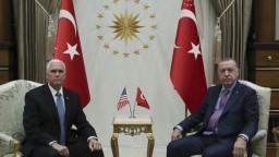 Erdogana presvedčili. Turecko a USA dohodli prímerie v Sýrii