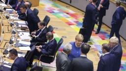 Summit lídrov pokračuje. Po brexitovej dohode je na rade klíma