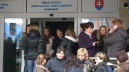 Nezamestnanosť na Slovensku po lete stúpla nad päť percent