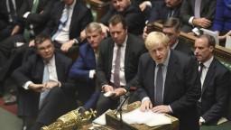 Odklad je chyba. Johnson poslal EÚ žiadosť a nepodpísal ju