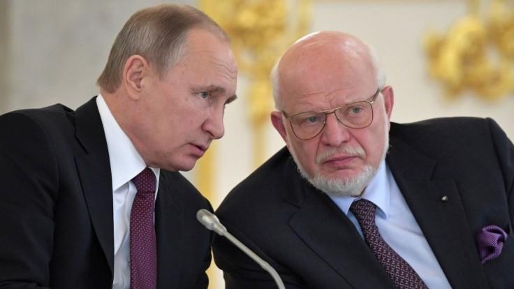 Putin odvolal kritika jeho vlády, nahradí ho člen Jednotného Ruska
