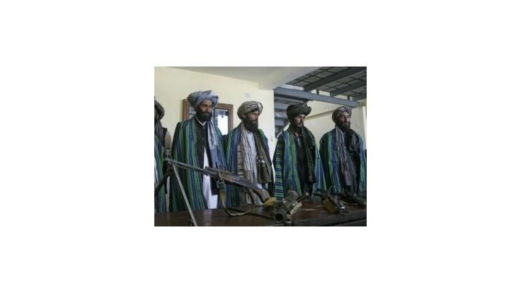 Afganskí strážcovia sa po hádke s austrálskymi vojakmi pridali k Talibanu