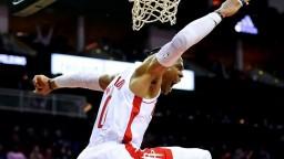 NBA: Westbrook prekonal Johnsona, Bucks stratili vyhratý zápas