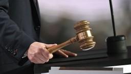 Vrhá to na nás zlé svetlo, priznali po správach z Threemy sudcovia
