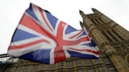 Lídri EÚ oficiálne schválili odklad, brexit sa presúva na budúci rok