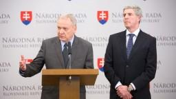 Kresák opúšťa bugárovcov, údajne smeruje do novej strany