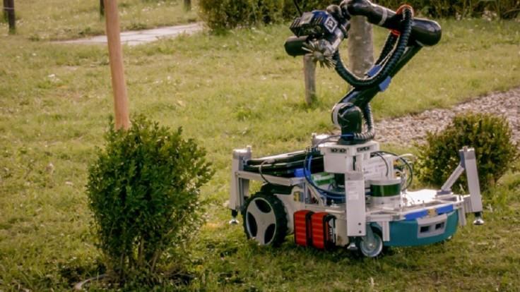 Robotický záhradník pokosí trávnik a zastrihne kríky aj ruže