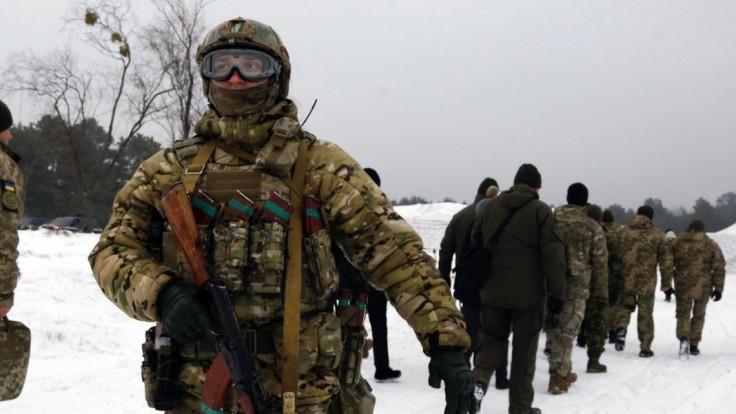 Šéf NATO navštívil Odesu. Stiahnite svojich vojakov, vyzval Rusko