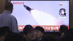 KĽDR odpálila ďalšiu raketu, juhokórejská armáda je v pohotovosti